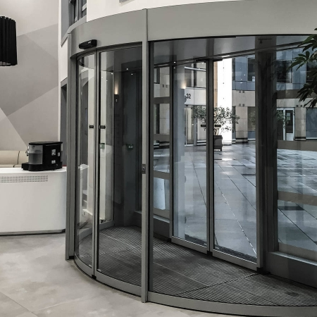 180° Curved Sliding Door